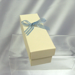 Miniature bottle box